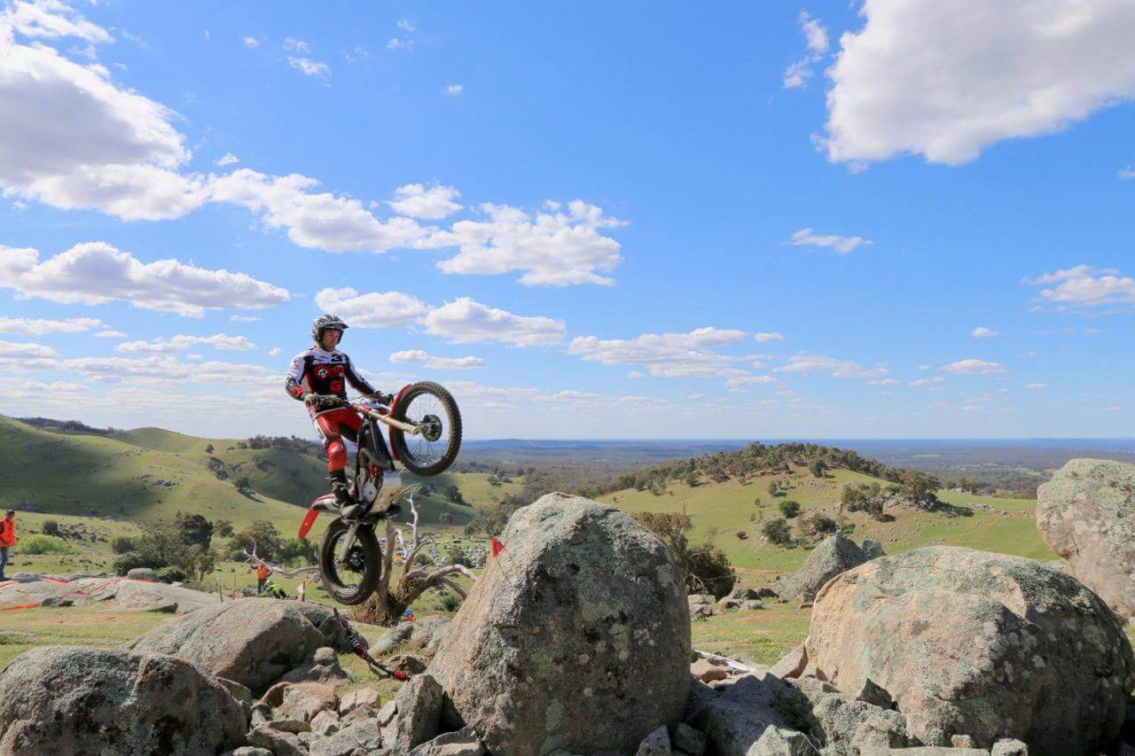 Middelton & Mckinnon clean up on day 1 of Delecca's Australian Trial Championship